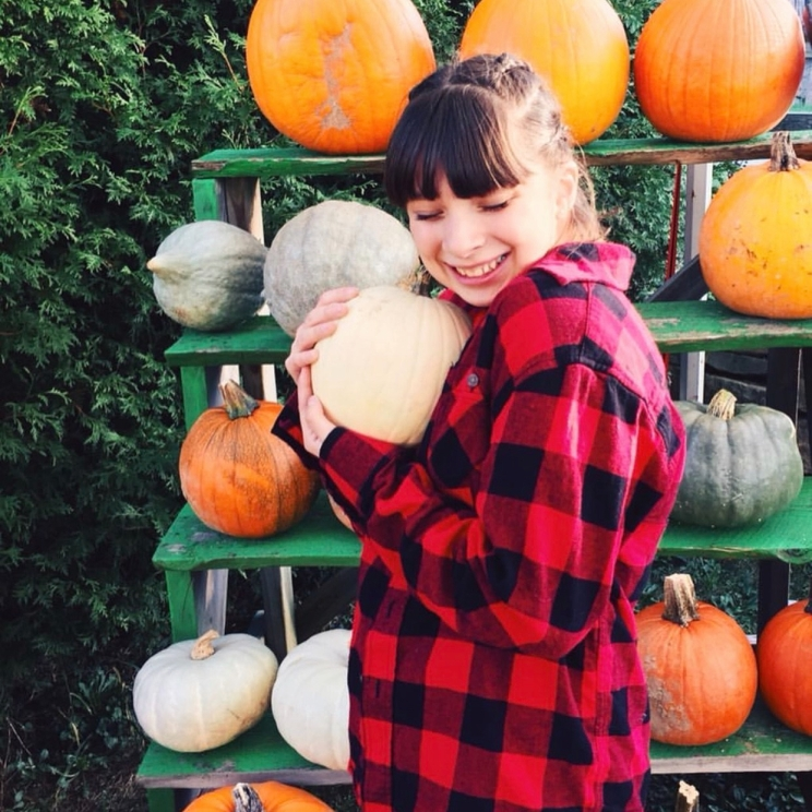 """My favorite thing about fall is the coziness of it."" -@Charissmaticc"